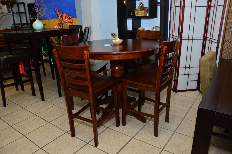 showlisting Multi Discount Furniture and Appliances.