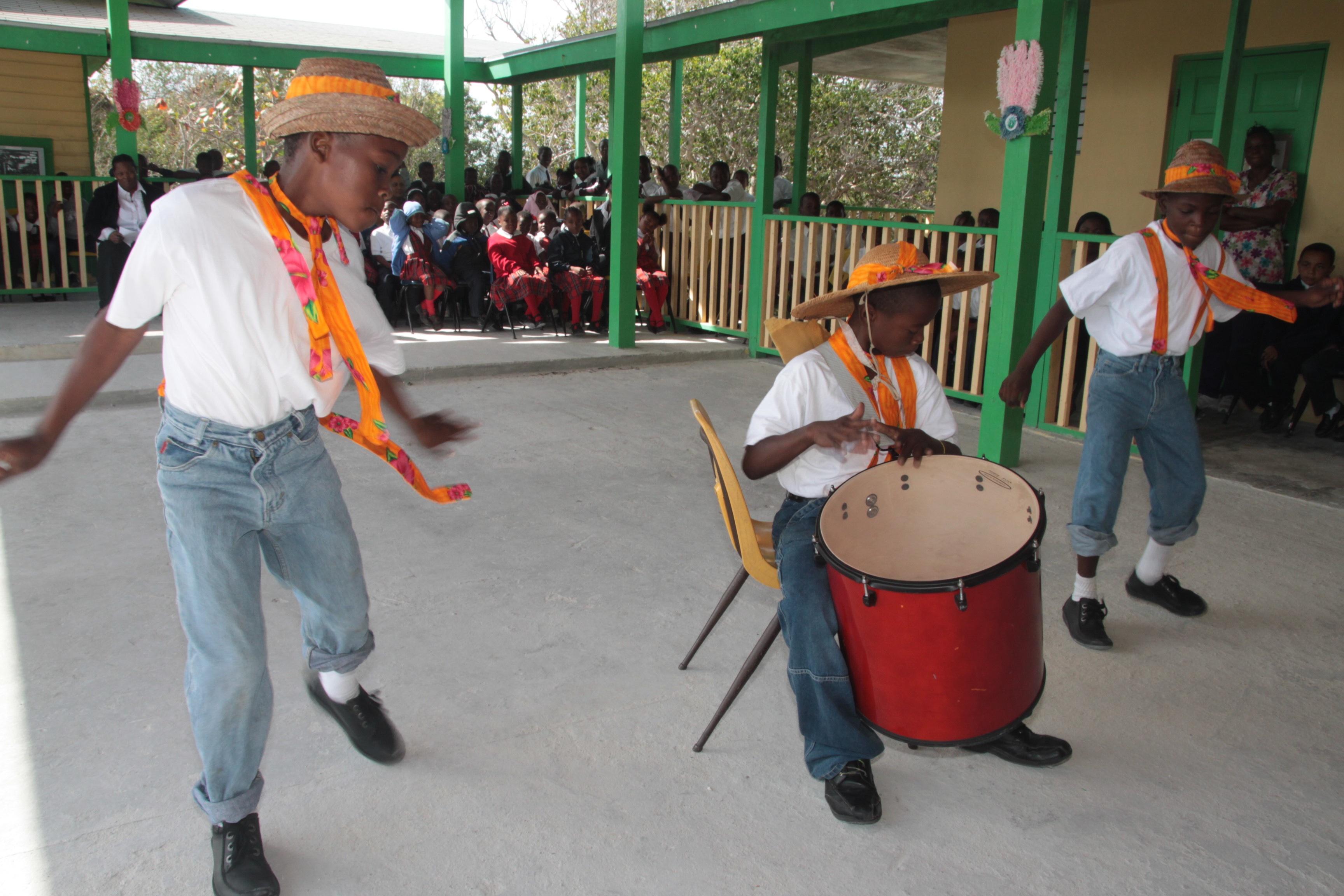 High Rock Primary School Students Showcase Bahamian