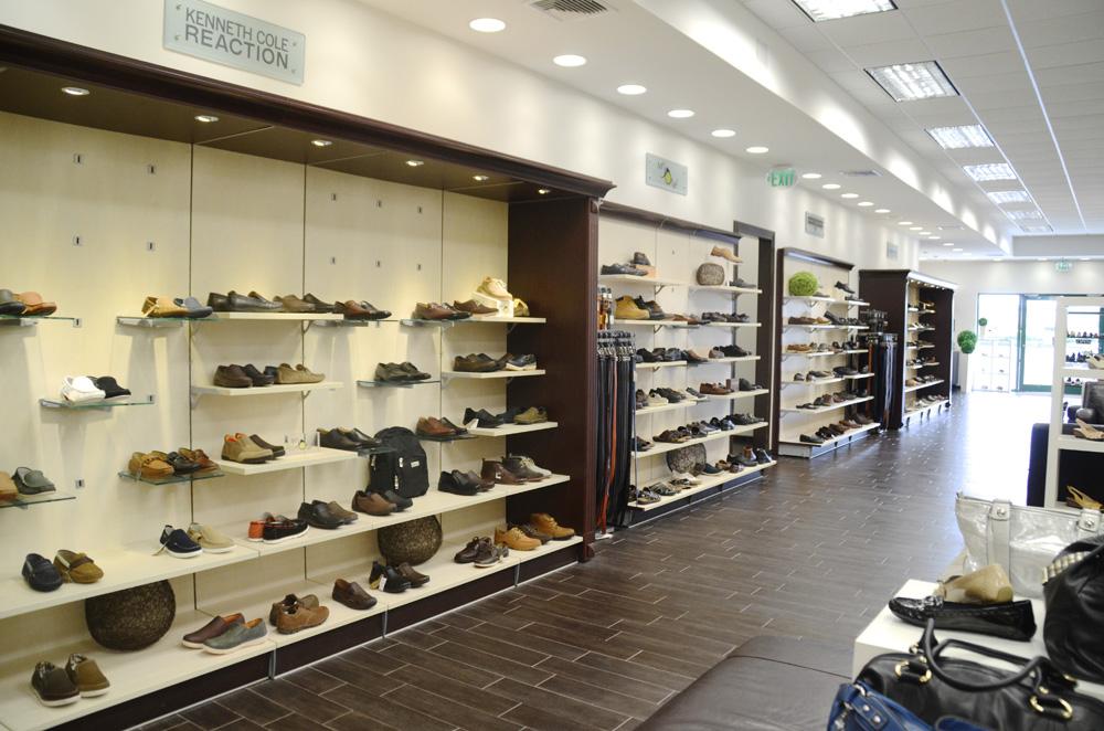 Southwest Center Mall Shoe Stores