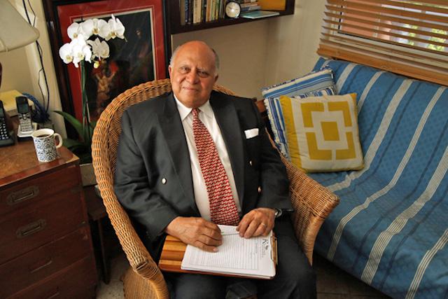 Dr. David Allen