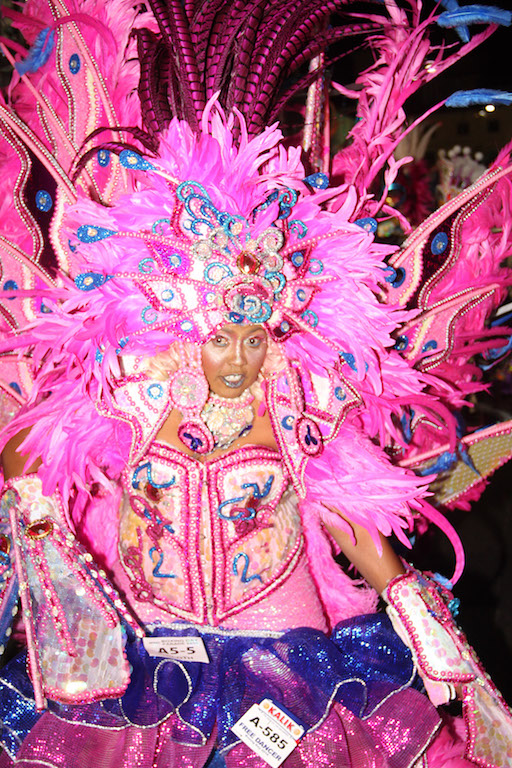 boxing day junkanoo images