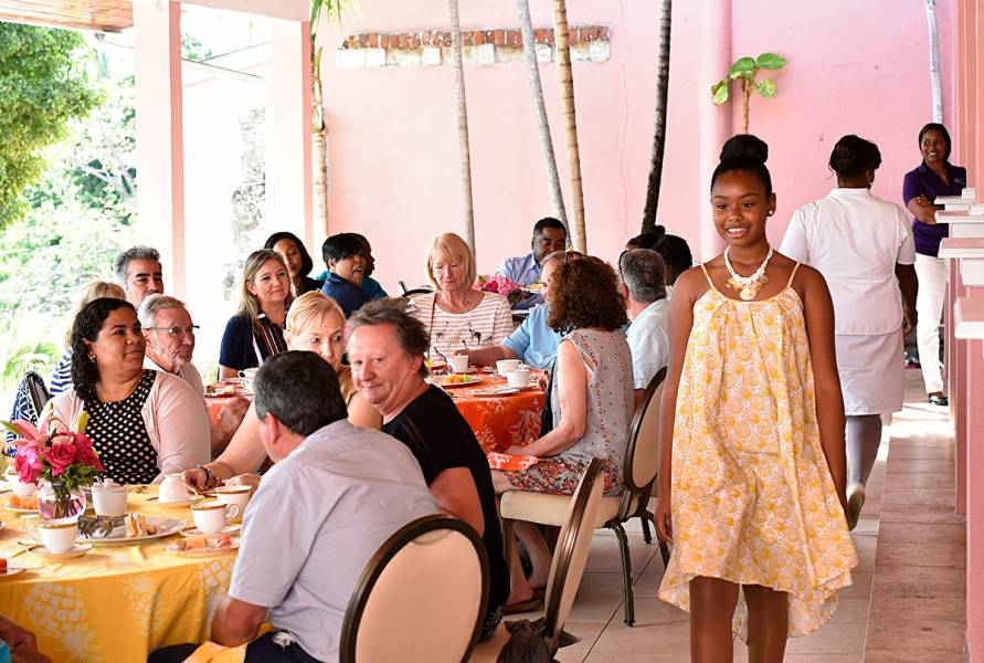 People-To-People Tea Party: Nassau & Paradise Island