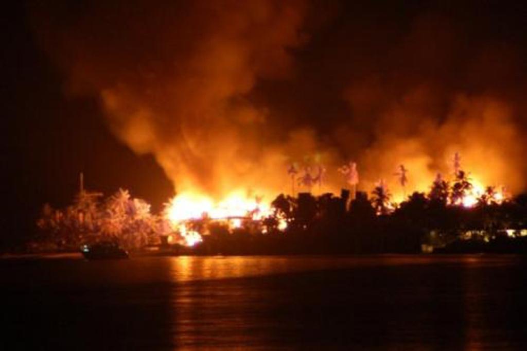 Nygard Cay Burns To The Ground Nassau Paradise Island Bahamas Bahamas Local News Nassau Paradise Island Bahamas