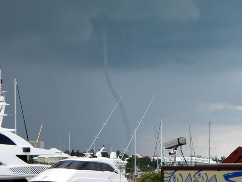 Water spout touches down on Paradise Island bahamas