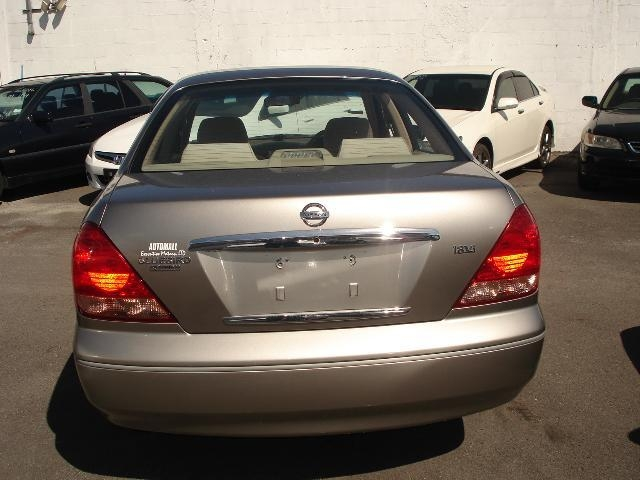 Silver Ford Fusion >> 2005 Nissan Blue bird Right Hand Drive - Nissan - Blue