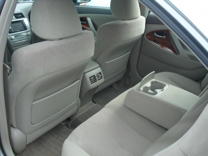 2010 Toyota Camry Toyota Camry Silver