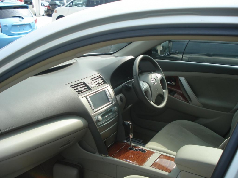 2008 toyota camry toyota camry silver. Black Bedroom Furniture Sets. Home Design Ideas