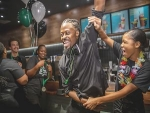Olando Knowles claims Starbucks barista champ title