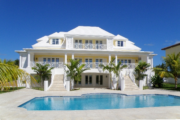 Houses in the bahamas for Beach houses for rent in bahamas