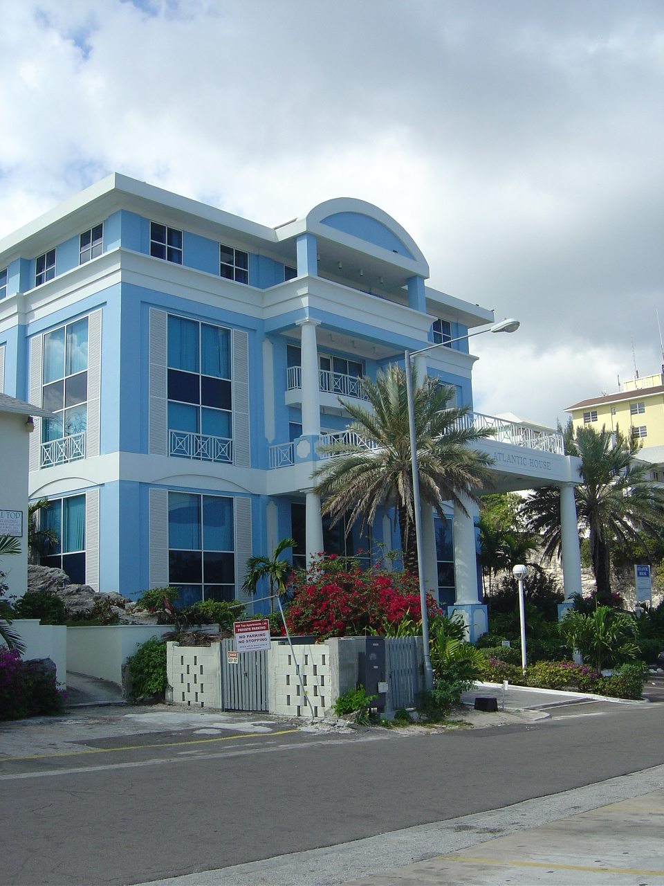 b4a7e3cb68 Bahamas Local - your local search engine